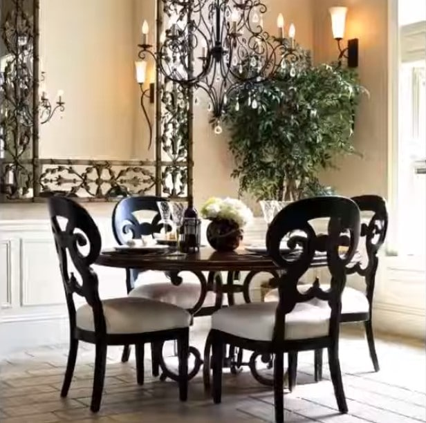 tips for decorating a small dining room
